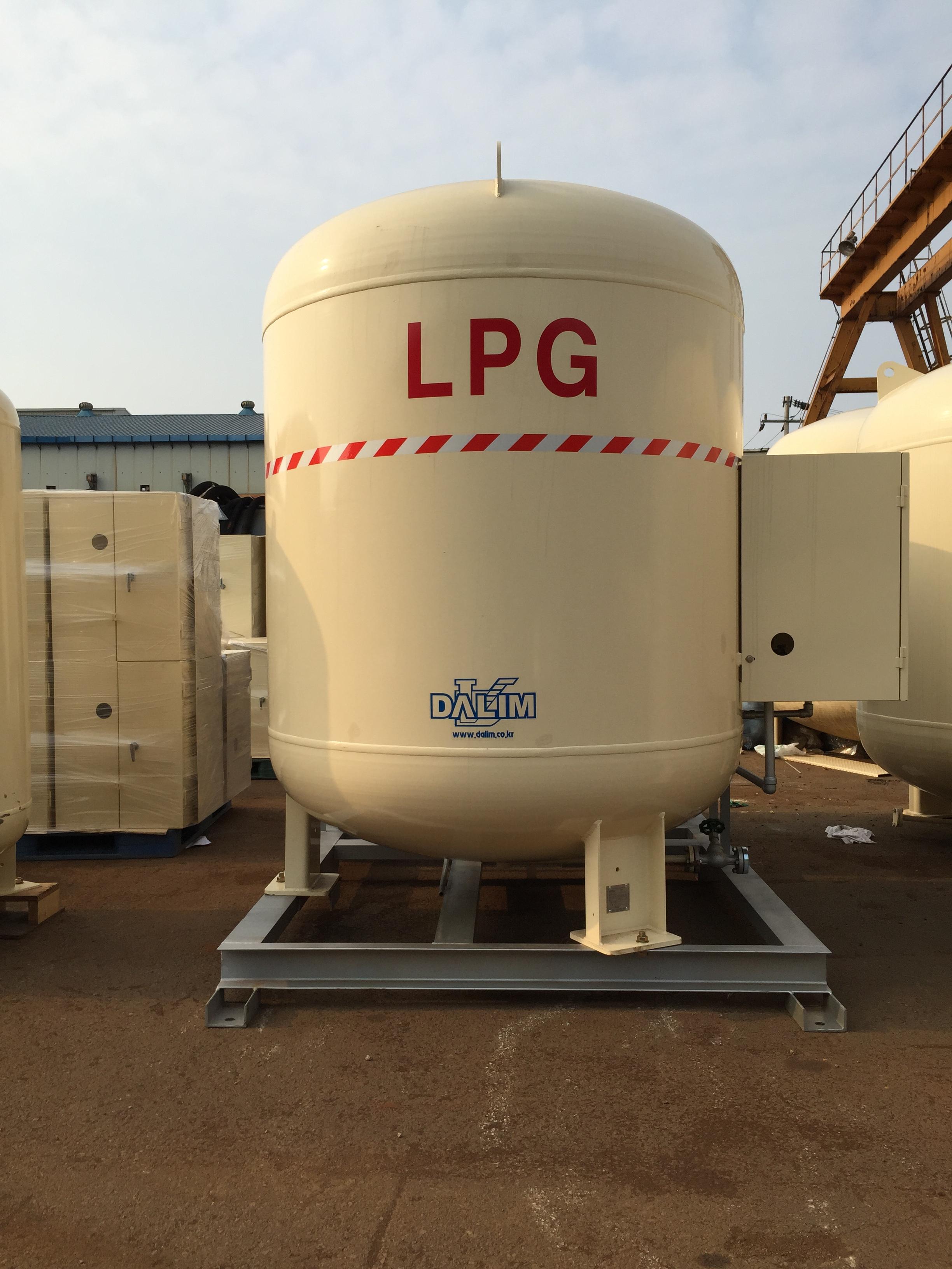 2.9톤 입형 소형저장탱크.JPG
